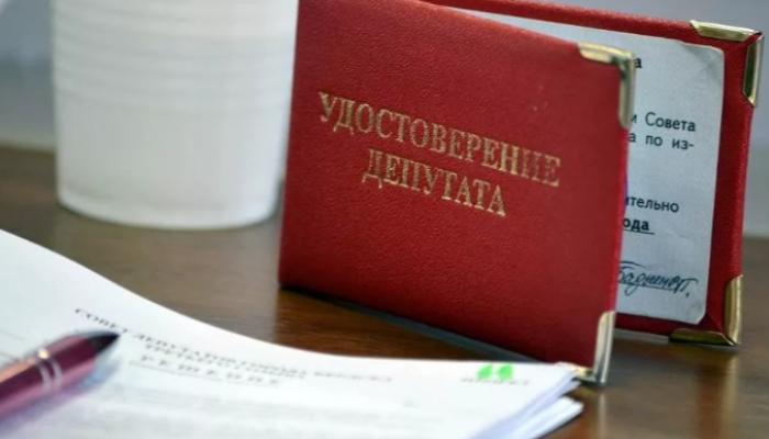 Шесть депутатов заявили о выходе из Калманского райсобрания