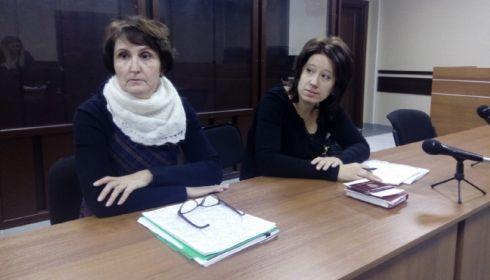 Главбух Счетной палаты Барнаула не признала себя виновной в избиении дворника