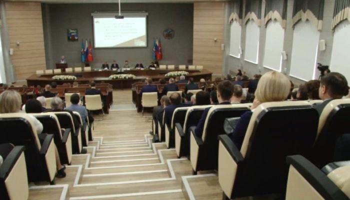 Старт приема документов: кто станет новым мэром Барнаула?