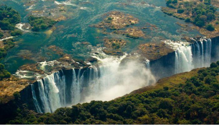 Водопад Виктория обмелел до рекордного уровня