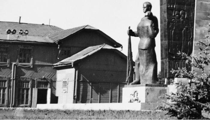 Барнаульский хронограф: жизнь Михаила Евдокимова и открытие памятника Победы