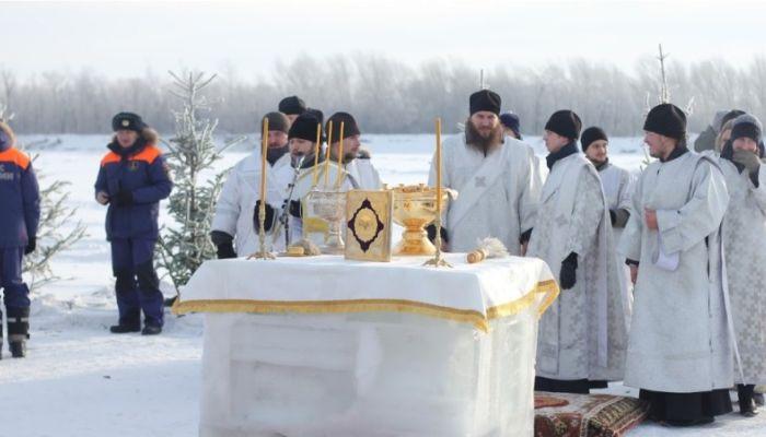 В Барнауле начали строить Крещенский городок: как он будет выглядеть