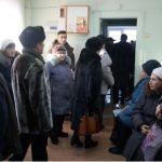 Барнаульцы жалуются на огромные очереди за льготными лекарствами