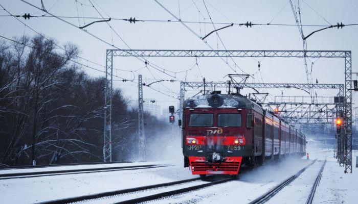 РЖД увеличили число вагонов в пригнородных поездах на Алтае из-за непогоды