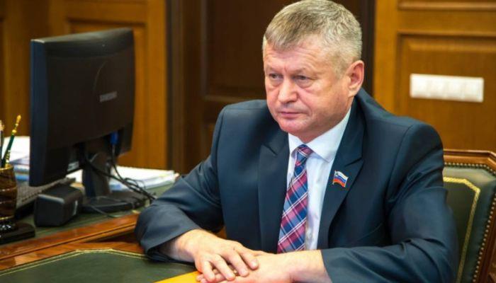 Суд вынес приговор чиновнику, напавшему на корреспондента России 24