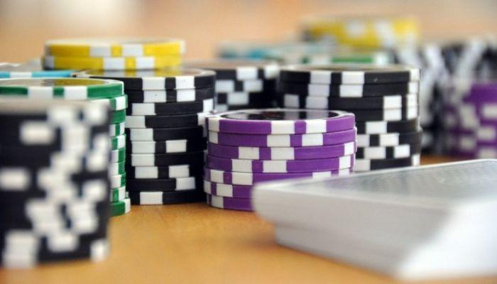 Пытались замаскировать. Алтайское казино незаконно рекламировали в Казани