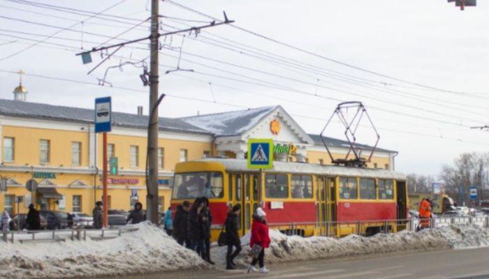 Жительница Барнаула пожаловалась в Instagram Томенко на транспорт