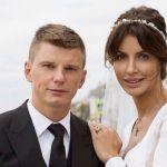 Бывшая жена Аршавина обвинила его в попытке выгнать своего ребенка на улицу