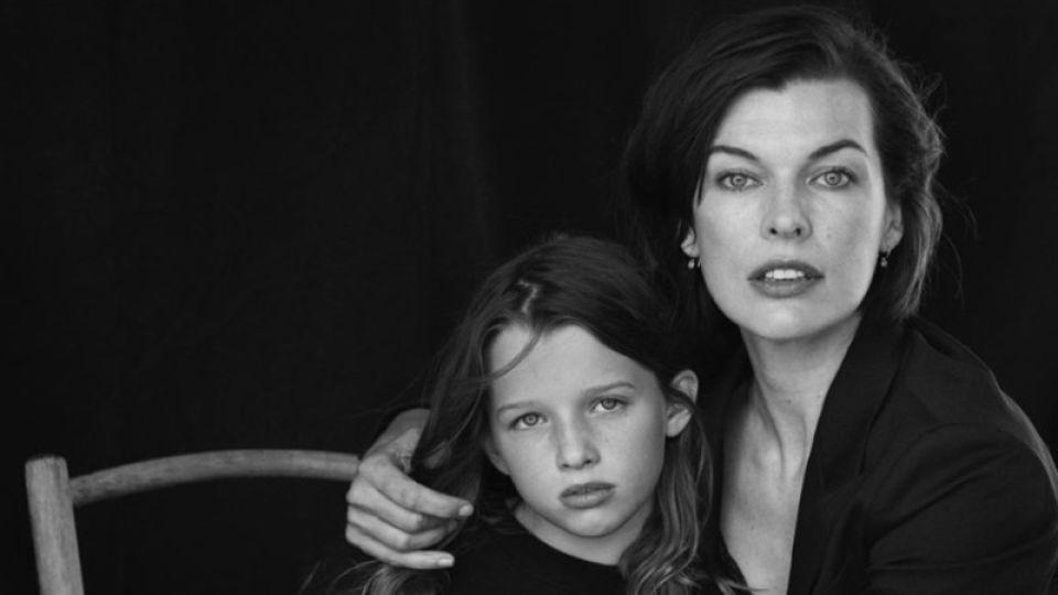 Мила Йовович стала многодетной мамой