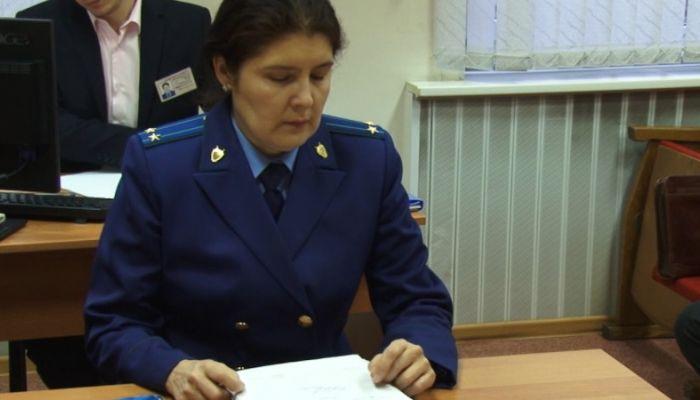 Суд оставил в колонии депутата АКЗС Волкова по делу о растрате