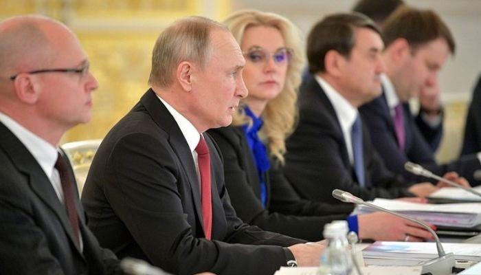 Уровень доверия россиян Путину упал до 35%