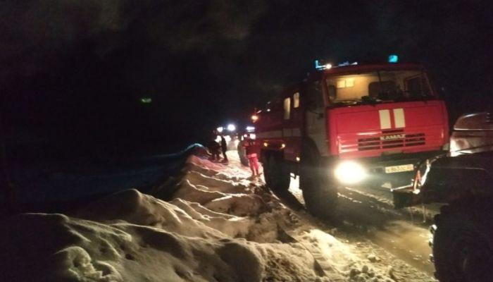 Больного мужчину спасли из горящего дома в Барнауле