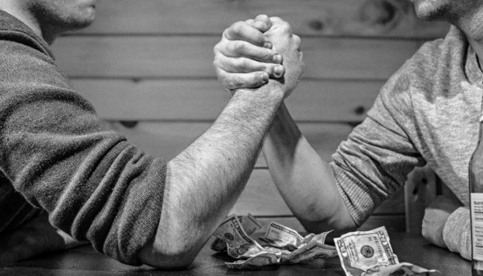 Вслед за алтайскими производителями банкротящийся Холидей потрясет банки