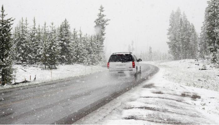 Движение восстановлено на нескольких алтайских дорогах после бурана