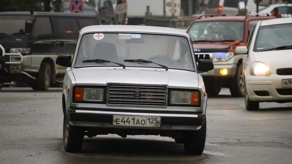 Барнаул стал рекордсменом по росту цен на российские авто