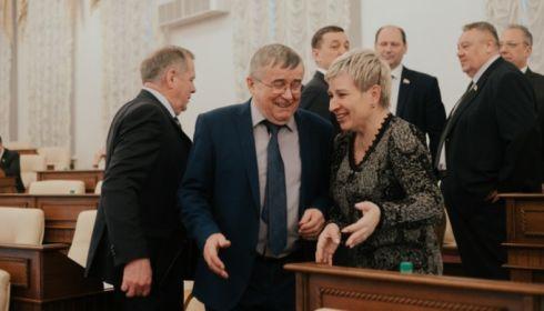 Как прошла сессия краевого парламента – в лицах и настроениях. Фоторепортаж