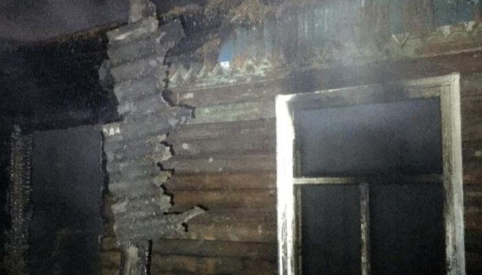 Семья пенсионеров погибла при мощном пожаре в Новоалтайске