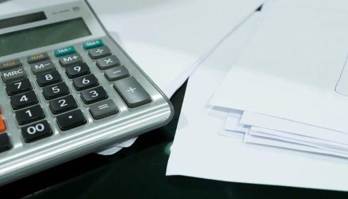 Банки грозят прекратить прием платежей за ЖКХ из-за отмены комиссий