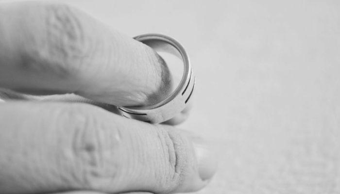 Число январских разводов в Барнауле за год выросло в три раза
