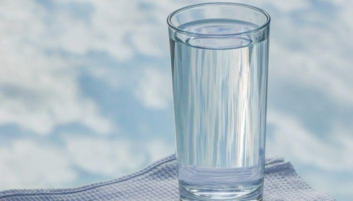Барнаульцев призвали не пугаться изменения цвета воды в кранах весной