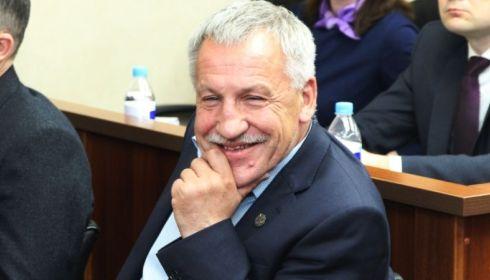 Алтайский депутат готов добровольно сложить с себя полномочия