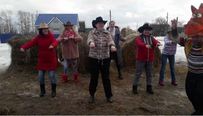Рыбаки, козы и коронавирус: соцсети подхватили челлендж Little Big к Евровидению