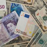Доллар подорожал до 75 рублей, евро превысил отметку в 84
