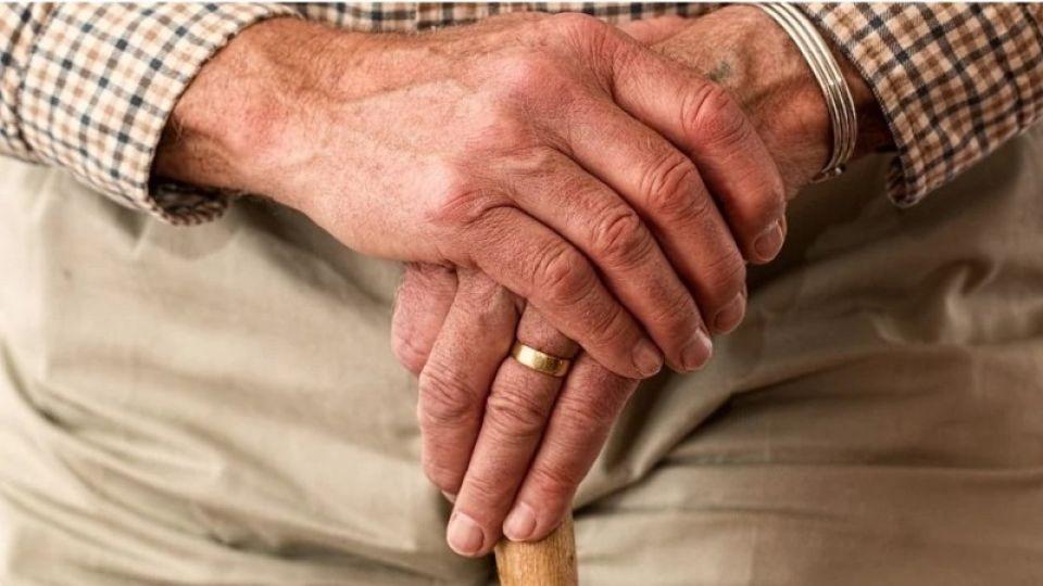 Мишустин утвердил индексацию пенсий с 1 апреля