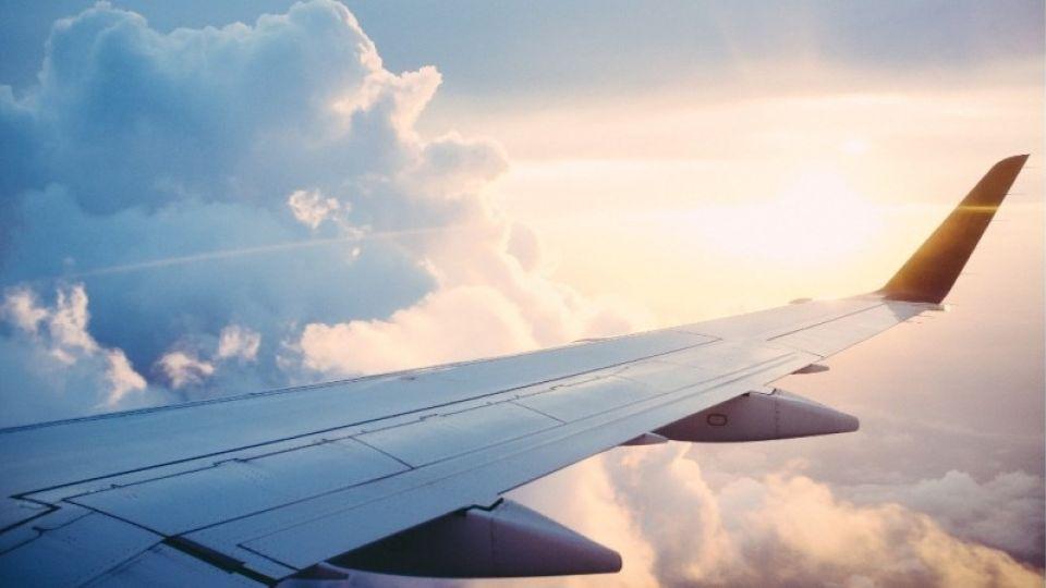 Самолеты из Барнаула в Омск будут летать дважды в неделю