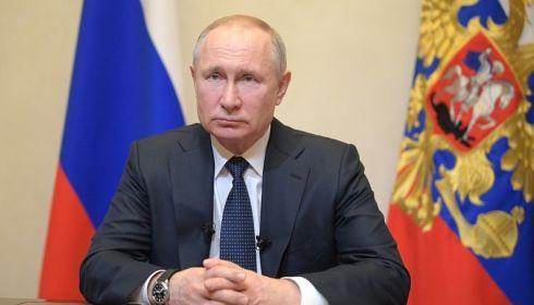 Путин добавил пять тысяч рублей к маткапиталу на каждого ребенка