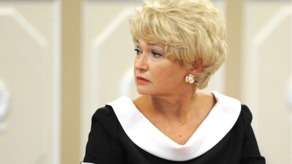 У матери Ксении Собчак не подтвердился коронавирус