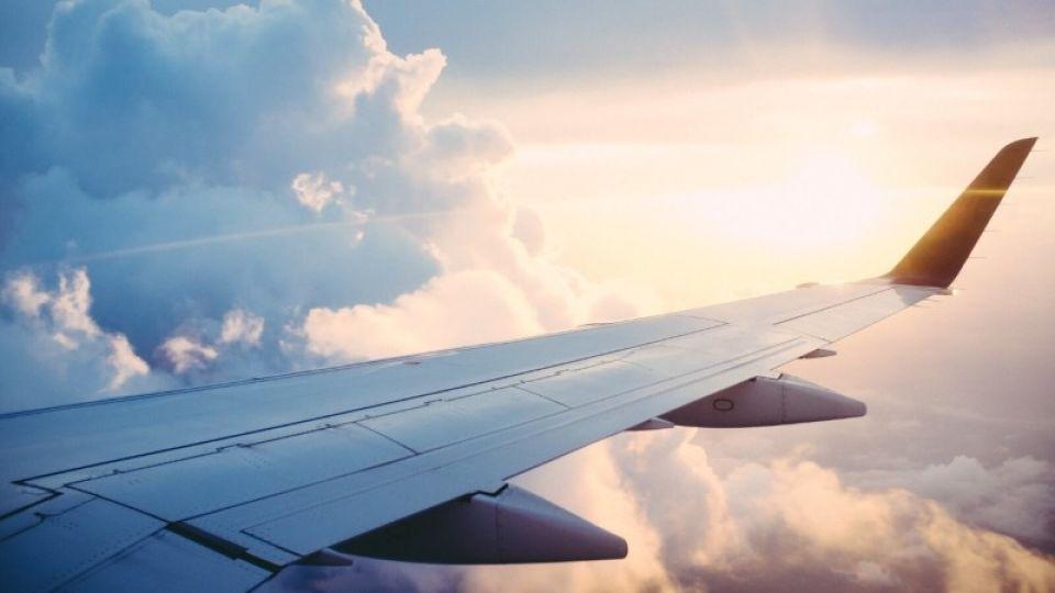 Аэропорт: авиасообщение между Барнаулом и Москвой никто не приостанавливал