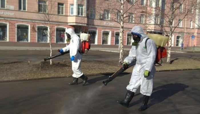 На улицах Барнаула начали проводить дезинфекцию
