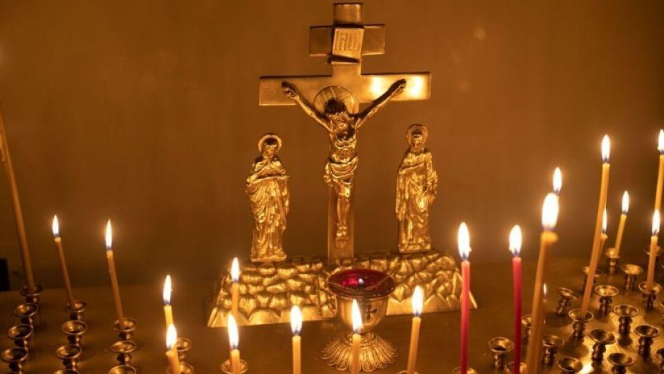 Барнаульцев просят не ездить на кладбища на Пасху и в родительский день