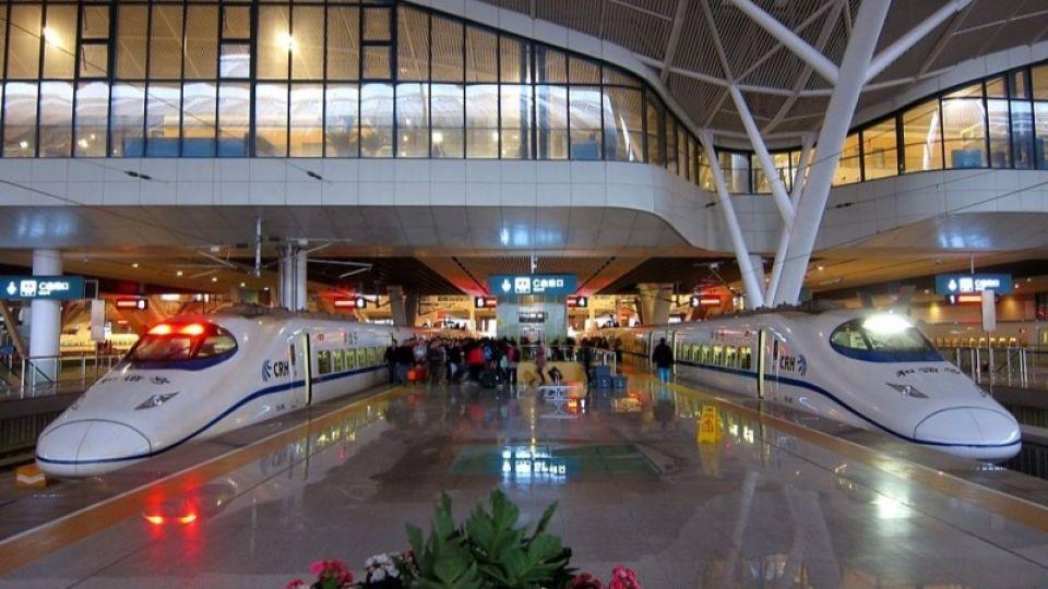 Власти Уханя открыли транспортное сообщение после вспышки коронавируса