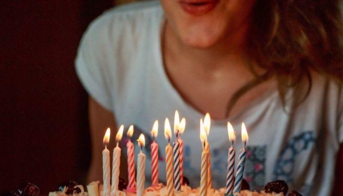 Психолог рассказала, как можно отпраздновать день рождения на самоизоляции