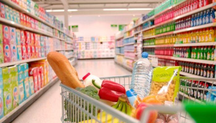 Вход в продуктовые магазины могут ограничить из-за коронавируса