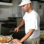 Спрос и безопасность: как коронавирус повлиял на доставку еды в Барнауле