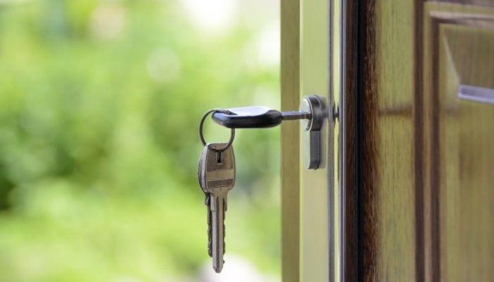 В Алтайском крае жилье ипотечных должников массово выставляют на торги