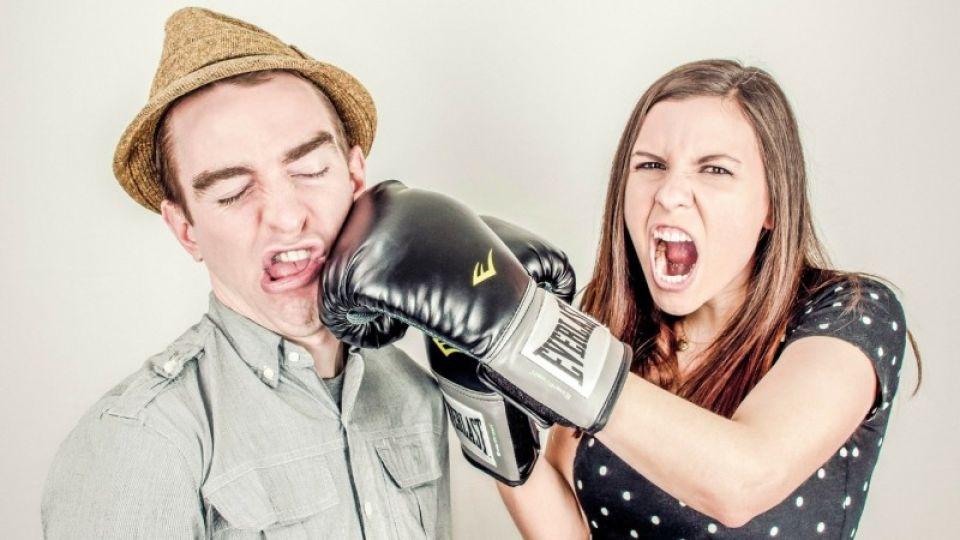 Как пережить самоизоляцию и не развестись: советы барнаульского психолога