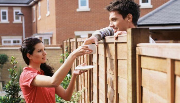 Терпеть запахи и копоть: в Госдуме взялись за права соседей