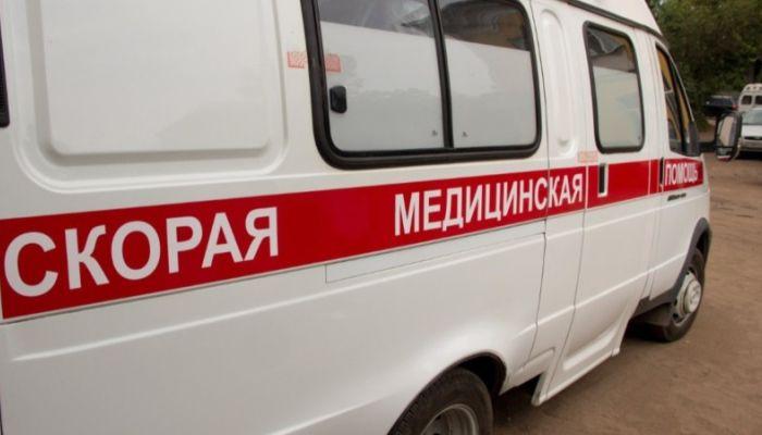 Женщина скончалась у подъезда дома в Москве после выписки из больницы