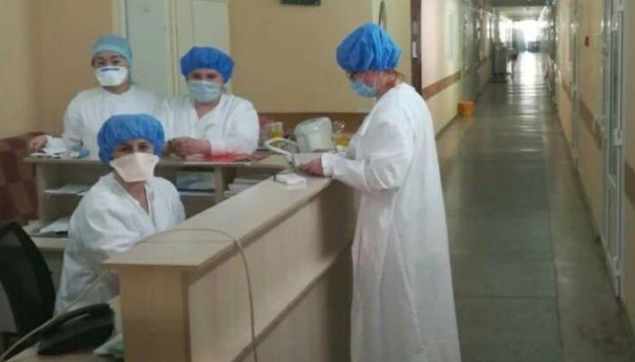 Барнаульский ресторатор продал машину, чтобы поддержать врачей горбольницы № 5