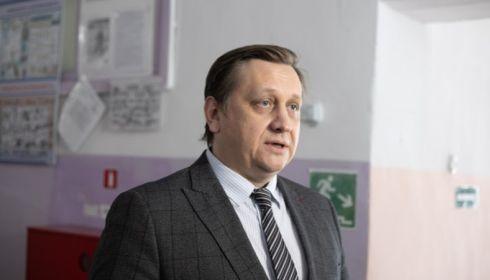 Алтайский министр заявил, что учителя справились с онлайн-учебой на удаленке