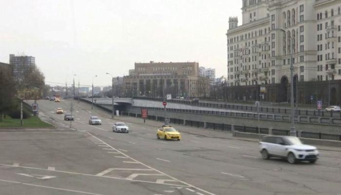 Самоизоляция по-московски: как будут следить за передвижением людей в столице