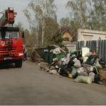 Мусорная площадка в пригороде Барнаула стала опасной для местных жителей