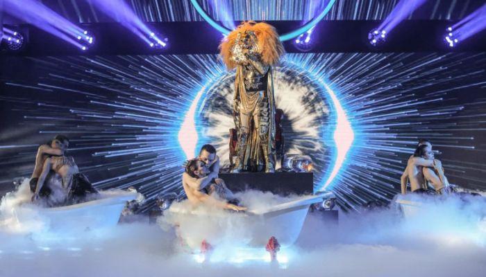 Победитель шоу Маска Лев раскрыл свою личность