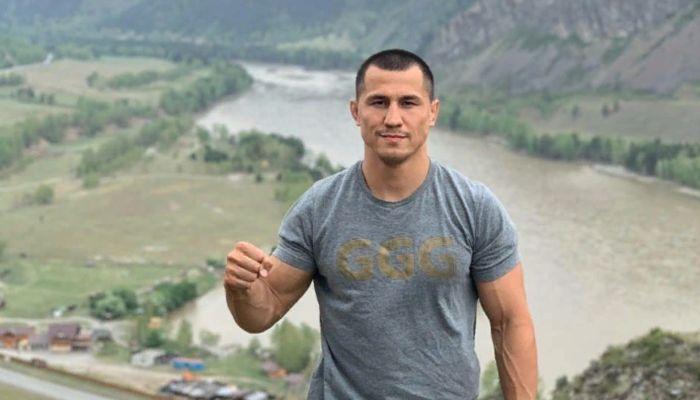 Олимпийский чемпион по греко-римской борьбе застрял на Алтае