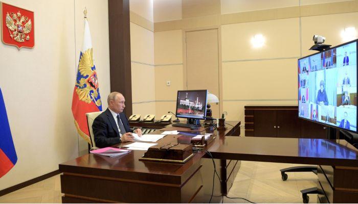 Путин 11 мая решит вопрос с рабочими днями и удаленкой
