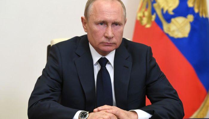 Как Путин решил помочь бизнесу: главное из обращения